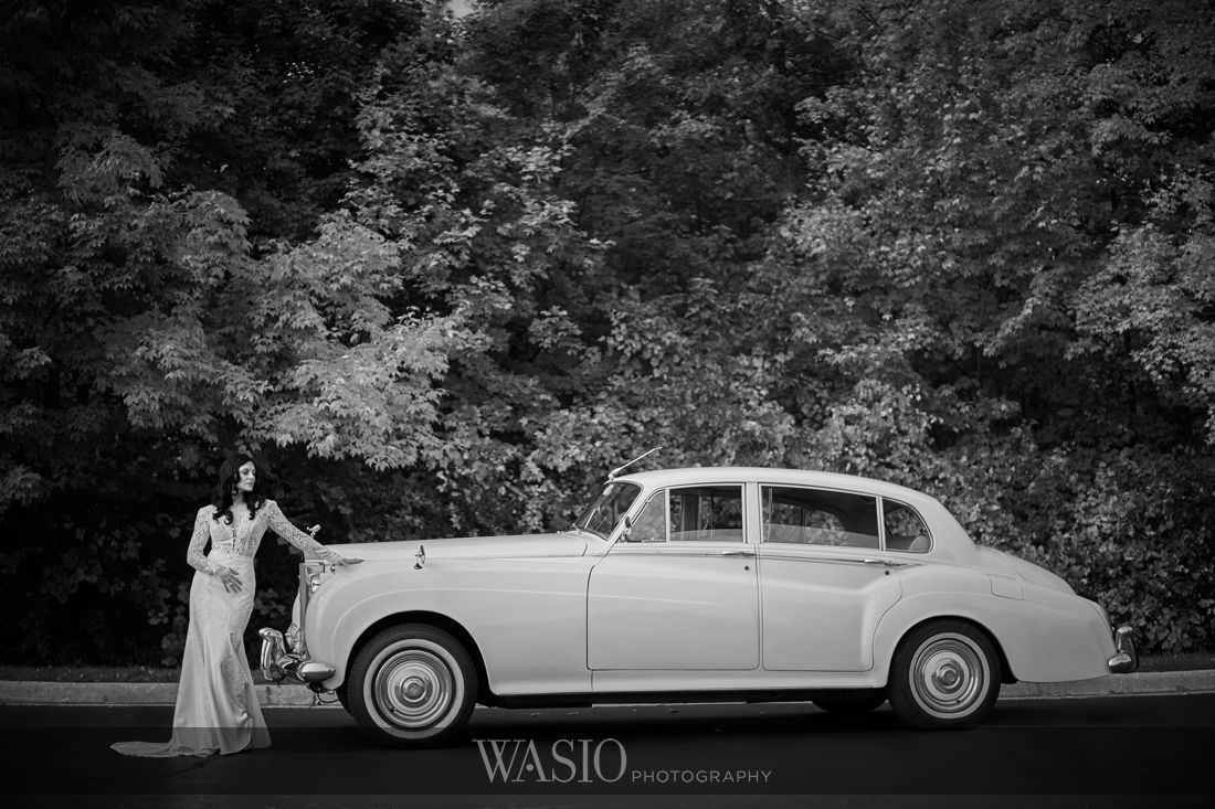 006_Venutis-Banquets-Wedding-classic-cars-rolls-royce-classy-bride Venuti's Banquets Wedding - Jacinta and Daniel