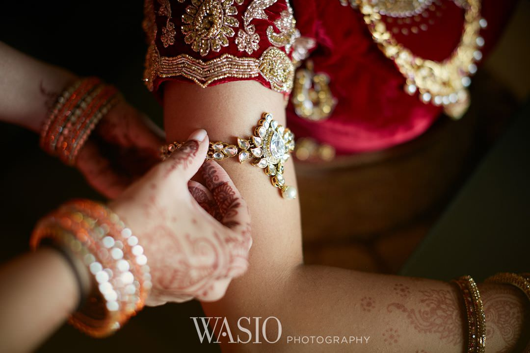 01-Indian-wedding-chicago-rosemont-details-henna Indian Wedding at Rosemont Convention Center - Arya and Arpit