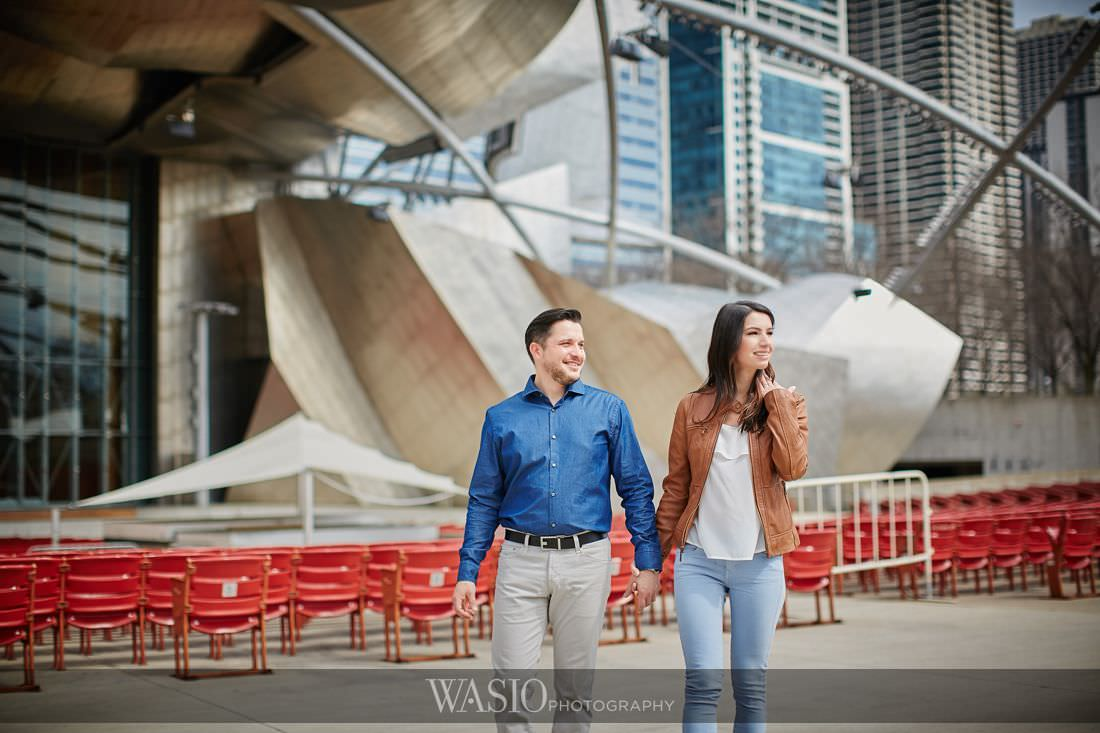 013_Chicago-Spring-Engagement-chicago-downtown__O3A7875 Chicago Spring Engagement Photos - Joanna and Matt
