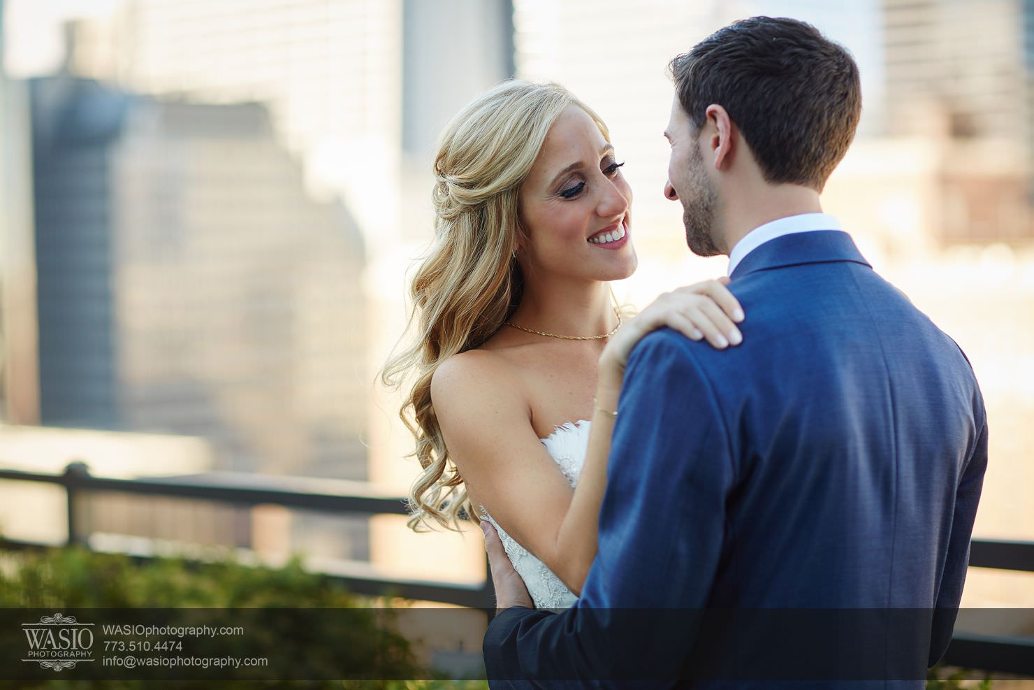 02_Chicago-Gallery-Wedding_0O3A8208 Chicago Gallery Wedding - Courtney + Danny