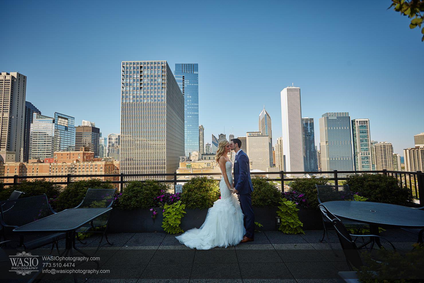 03_Chicago-Gallery-Wedding_3P4C1077 Chicago Gallery Wedding - Courtney + Danny