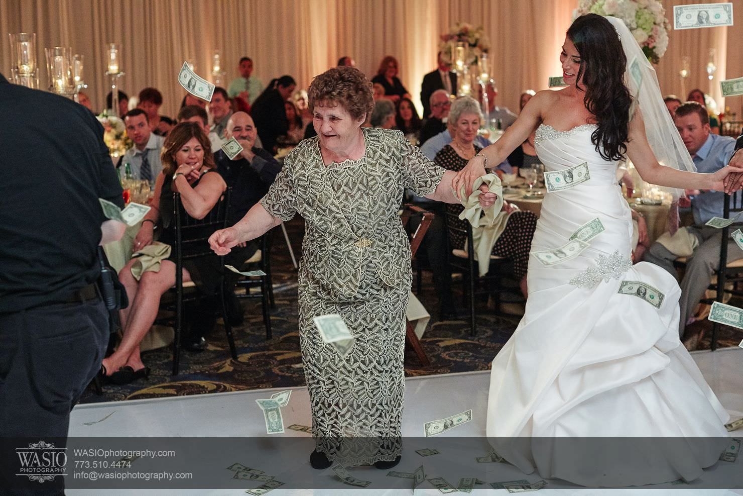 050_Chicago-Spring-Wedding_Chrissy-Andrew_0O3A2921 Chicago Spring Wedding - Chrissy + Andrew