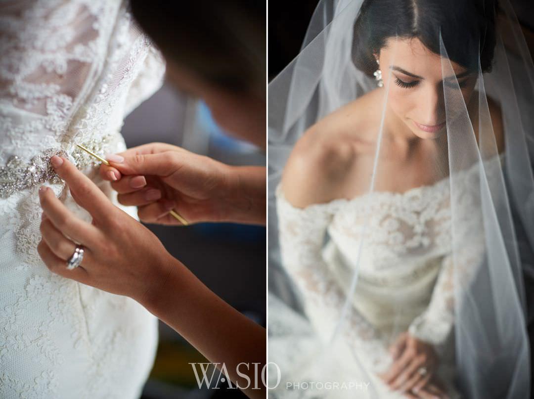 06-chicago-trump-tower-wedding-river-bride-preparation Chicago River Roast Wedding - Joanna + Mateusz
