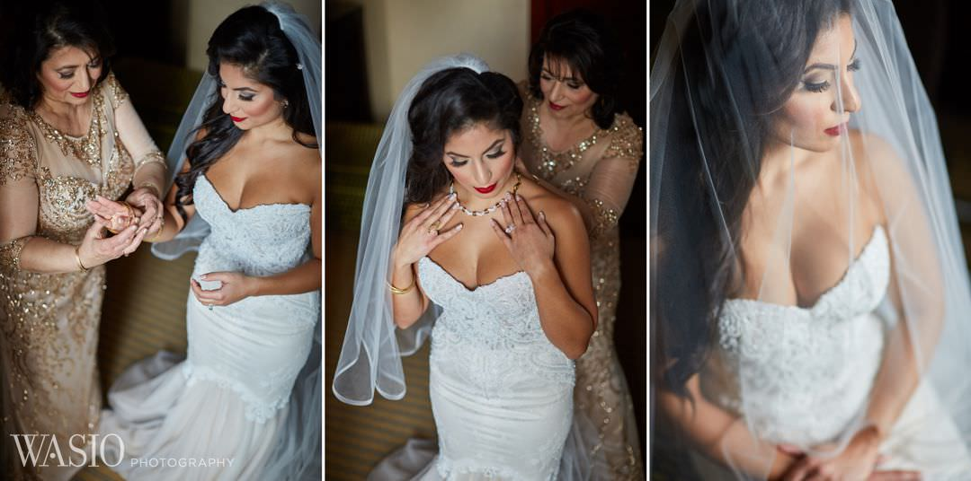 08-bride-preparation-portrait-details-wedding-classy Knickerbocker Hotel, Chicago Wedding - Magdalynn + Joseph