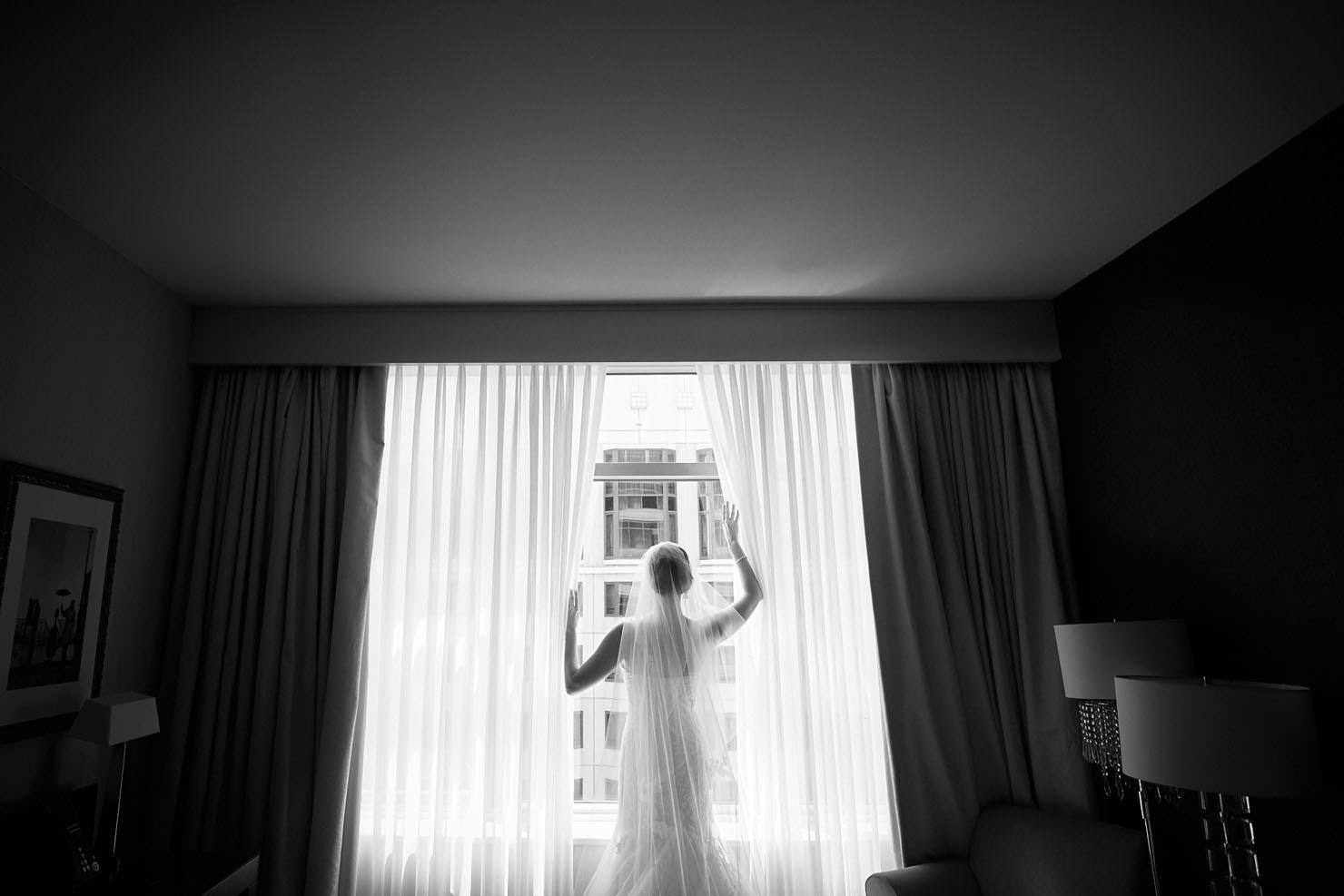 10_Venue-One-Wedding_Chicago_the-wit_0O3A2530-copy Venue One Wedding - Tracy & John