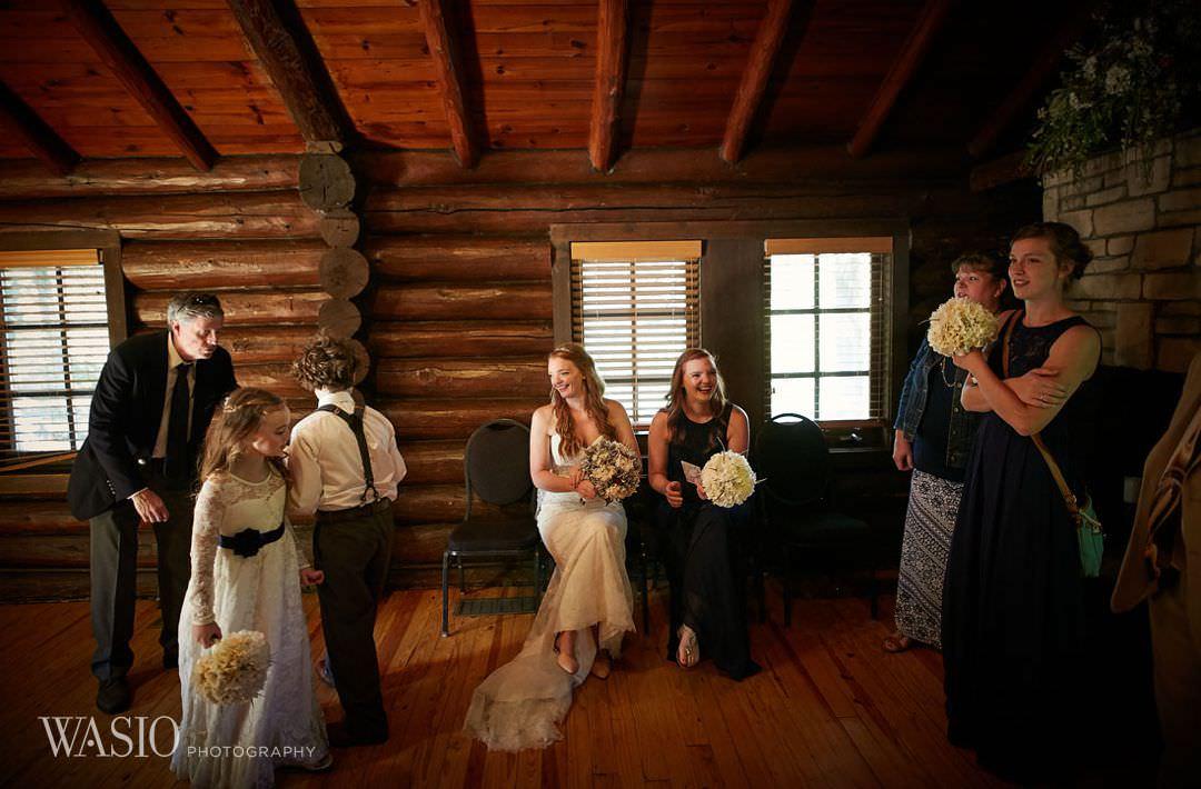 11-chicago-wedding-utica-starved-rock-park-family Starved Rock Ottawa Utica Wedding - Emily & Nathan