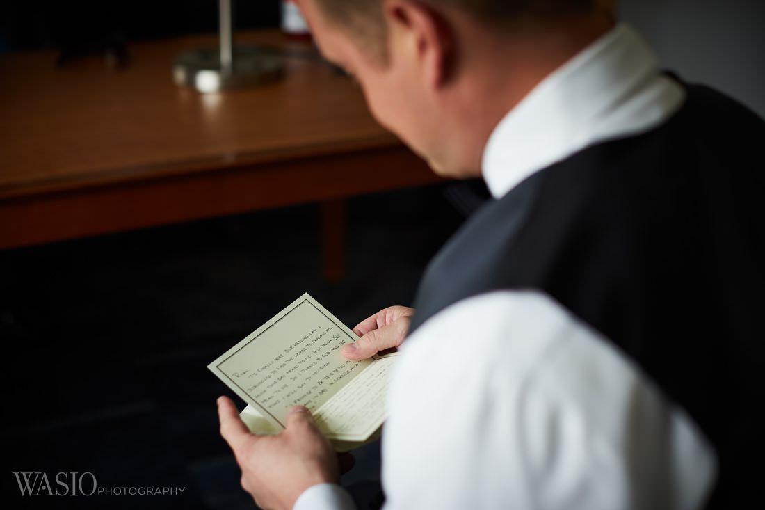 11-groom-preparation-emotional-portrait-wedding The Estate by Gene and Georgetti Wedding - Agnes and Ryan