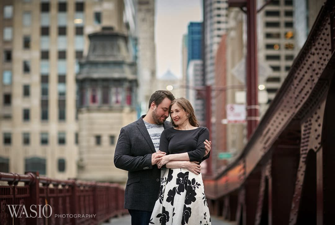12-architecture-Chicago-engagement-river Spring Engagement session - Stephanie + Zach