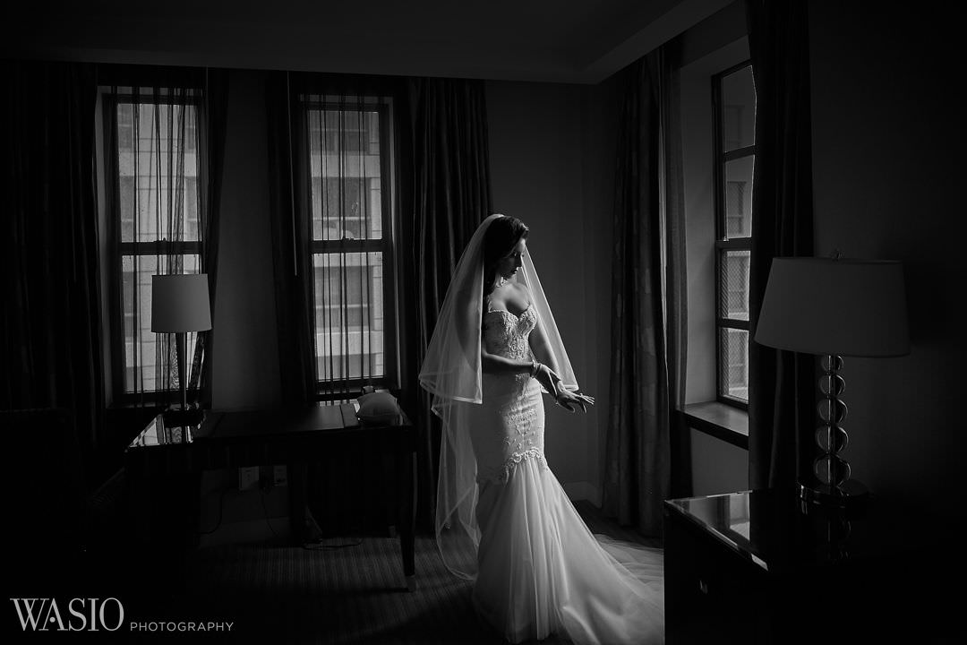 12-bride-wedding-day-preparation-veil-hotel Knickerbocker Hotel, Chicago Wedding - Magdalynn + Joseph