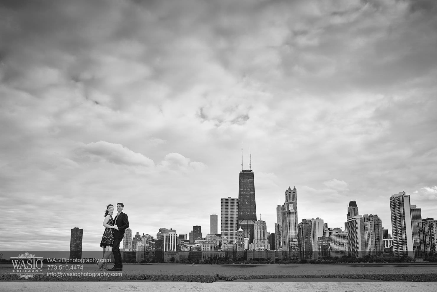 12Chicago-Fall-Engagement_north-avenue-beach_chicago-skyline_113P4C3204 Chicago Fall Engagement - Keri & Chris