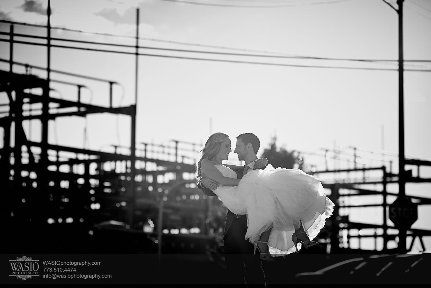 13_Chicago-Gallery-Wedding_0O3A8513 Chicago Gallery Wedding - Courtney + Danny