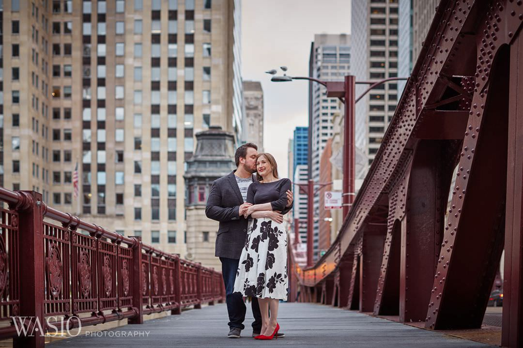 14-Chicago-engagement-photographer-bridge-lasalle Spring Engagement session - Stephanie + Zach