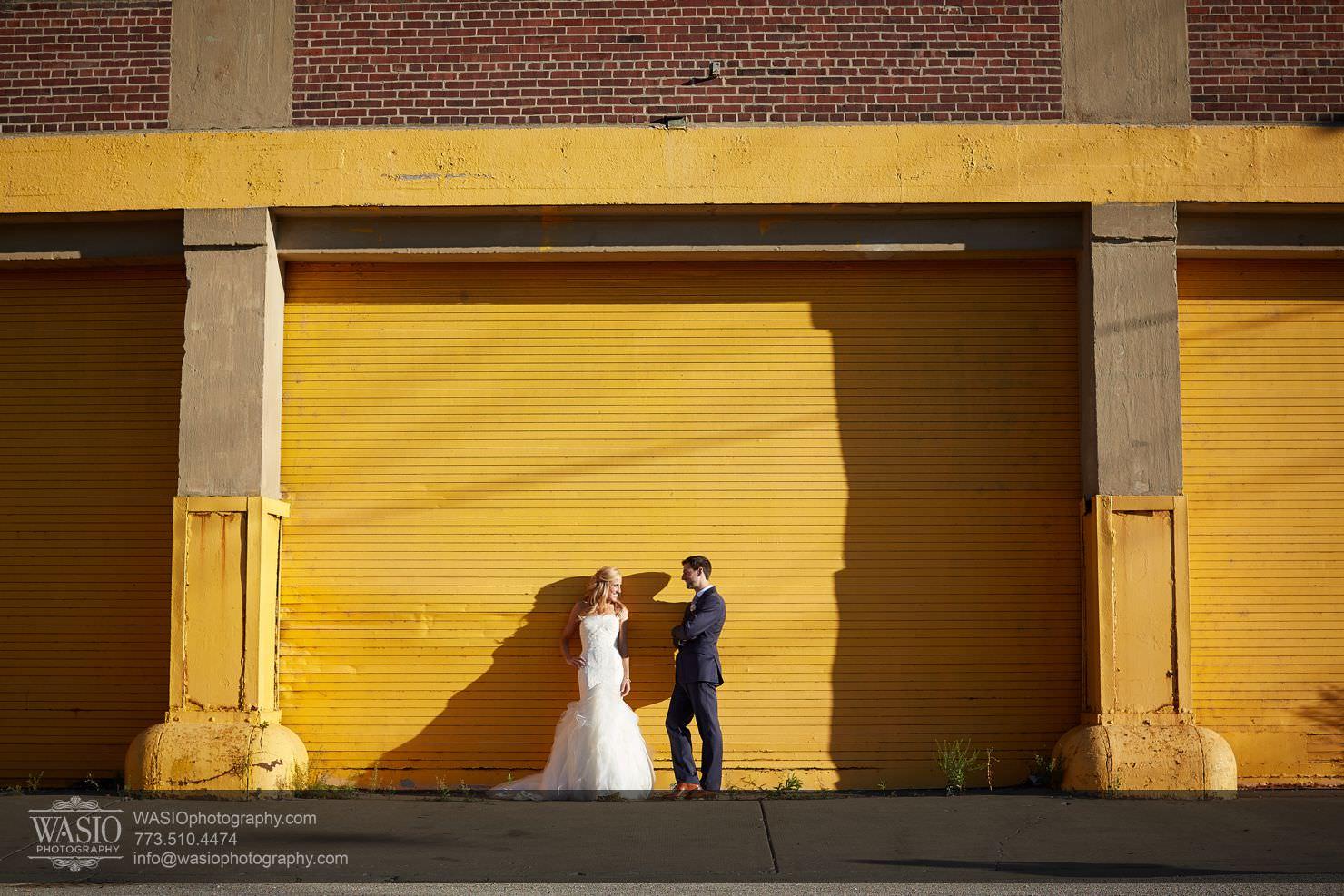 16_Chicago-Gallery-Wedding_0O3A8538 Chicago Gallery Wedding - Courtney + Danny