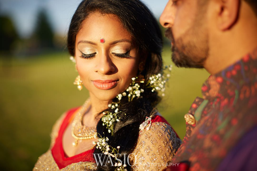 17-Indian-wedding-chicago-sunset-canon-bride Indian Wedding at Rosemont Convention Center - Arya and Arpit