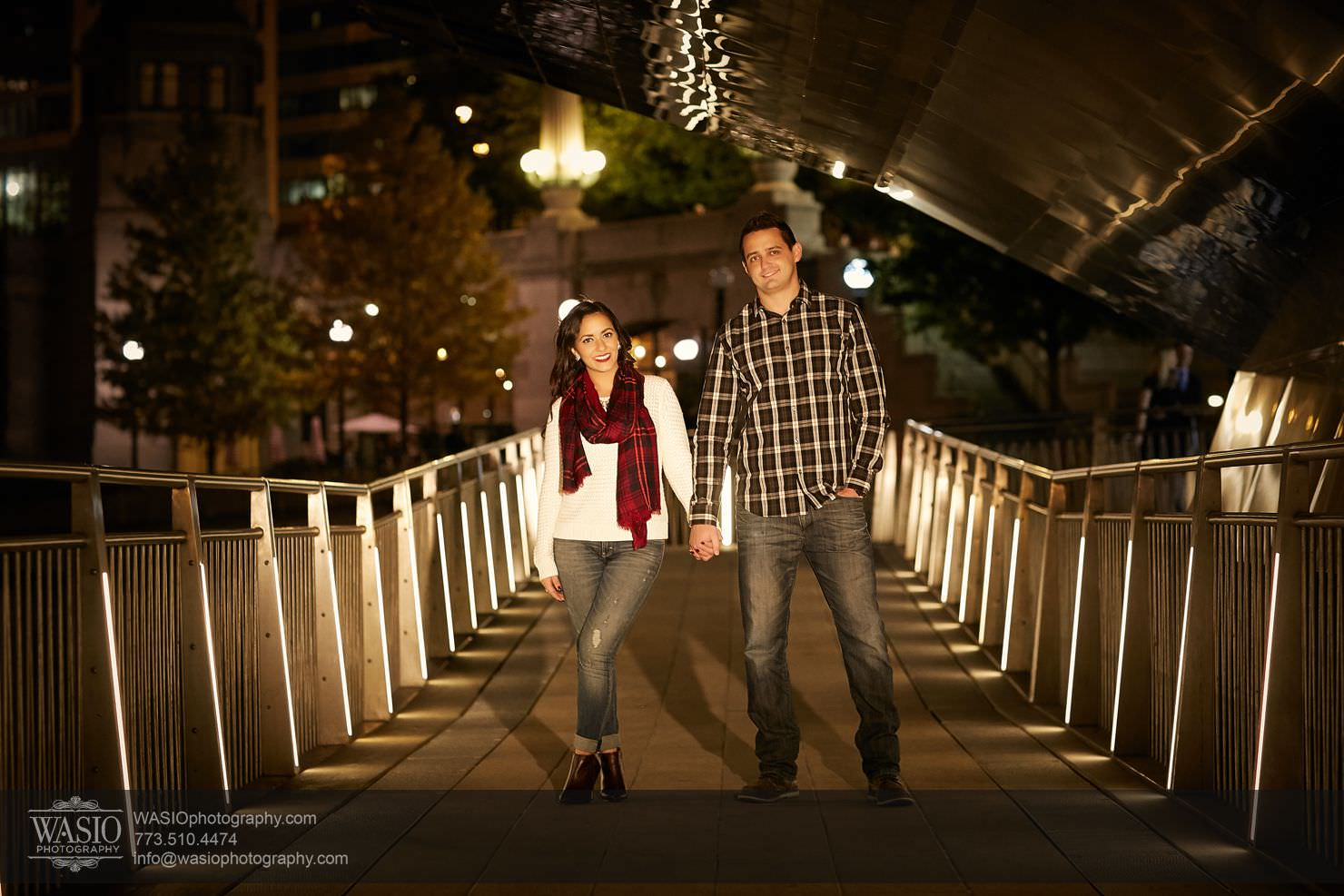17_Chicago-Fall-Engagement_3P4C9468 Chicago Fall Engagement - Rubina + Eric