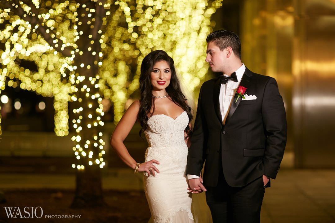 19-winter-wedding-night-portraits-classy-elegant Knickerbocker Hotel, Chicago Wedding - Magdalynn + Joseph