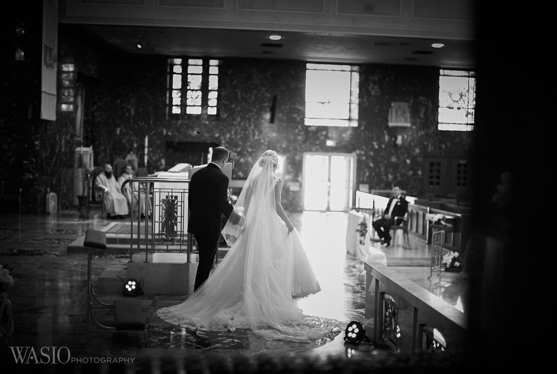 20-chicago-wedding-canon-st-ferdinand-gown The Estate by Gene and Georgetti Wedding - Agnes and Ryan