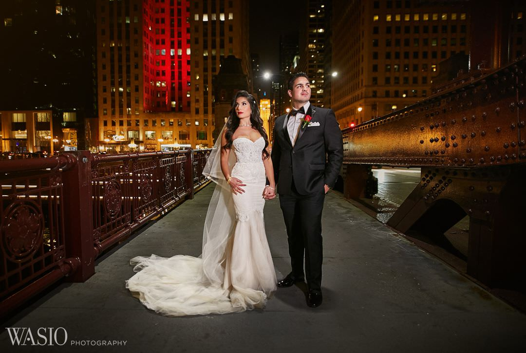 20-winter-wedding-night-canon-chicago-river Knickerbocker Hotel, Chicago Wedding - Magdalynn + Joseph