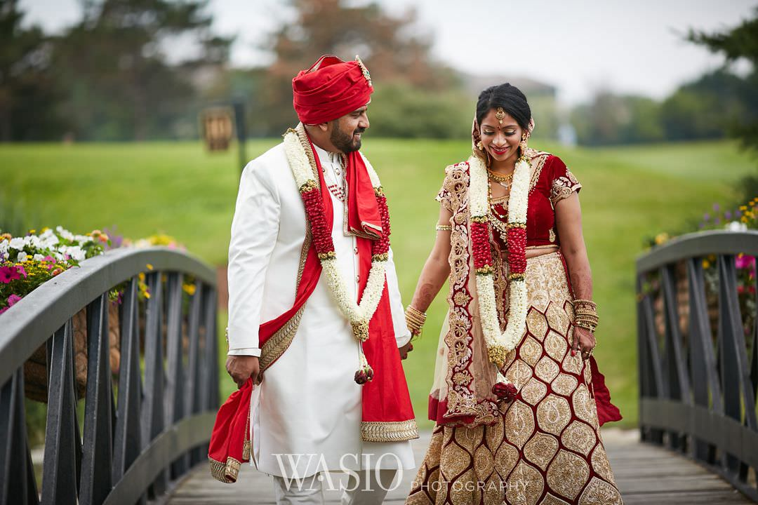 21-Indian-wedding-chicago-oak-brook-marriott Indian Wedding at Rosemont Convention Center - Arya and Arpit