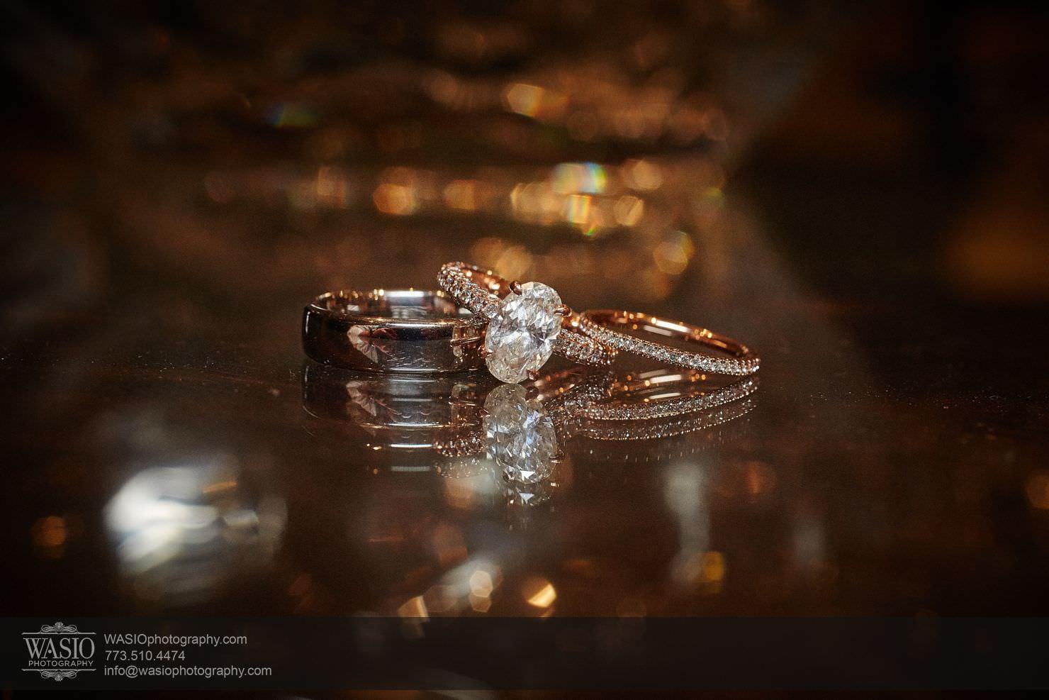 21_Chicago-Gallery-Wedding_0O3A8097 Chicago Gallery Wedding - Courtney + Danny