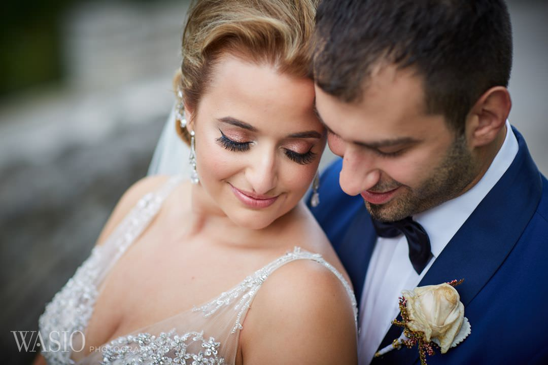 22-greek-wedding-chicago-portrait-bridal-groom-beach Chicago Greek Wedding - Christina and Chronis