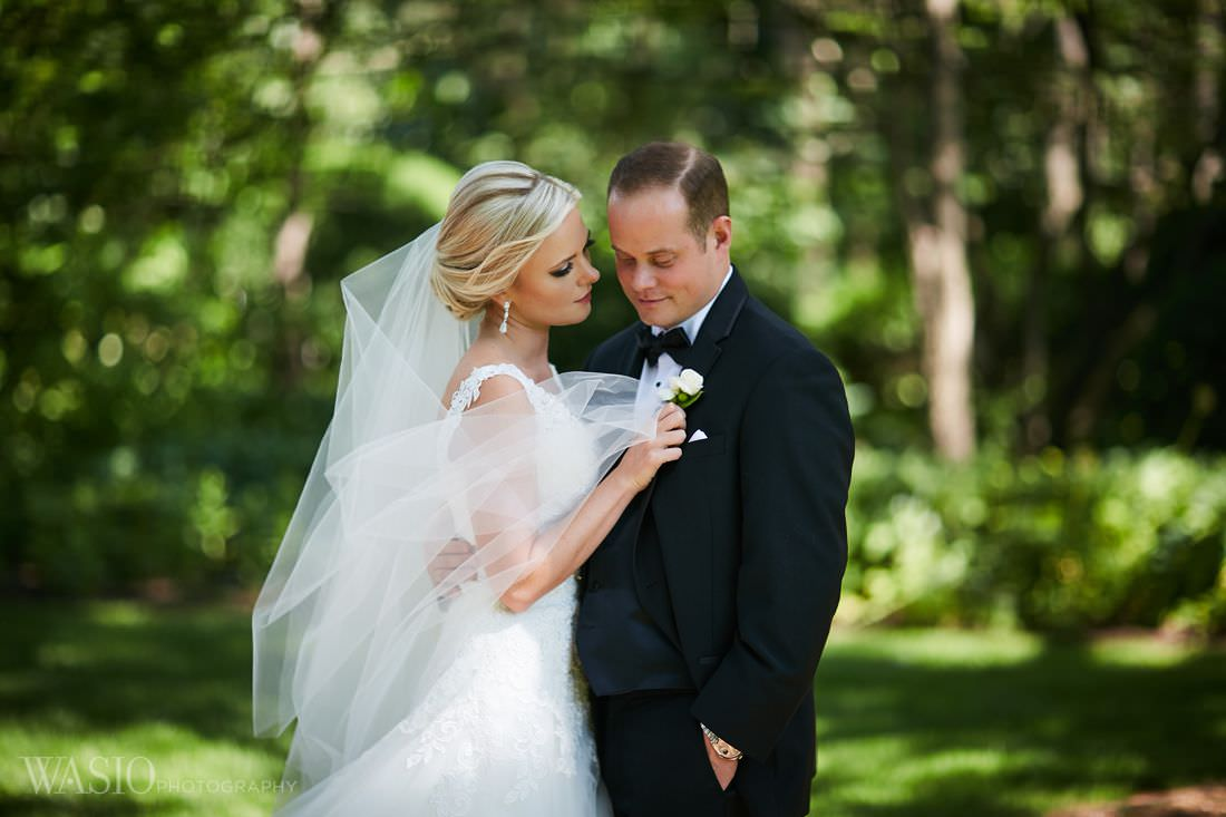 25-classy-bride-portrait-wheaton-cantign-park-summer The Estate by Gene and Georgetti Wedding - Agnes and Ryan