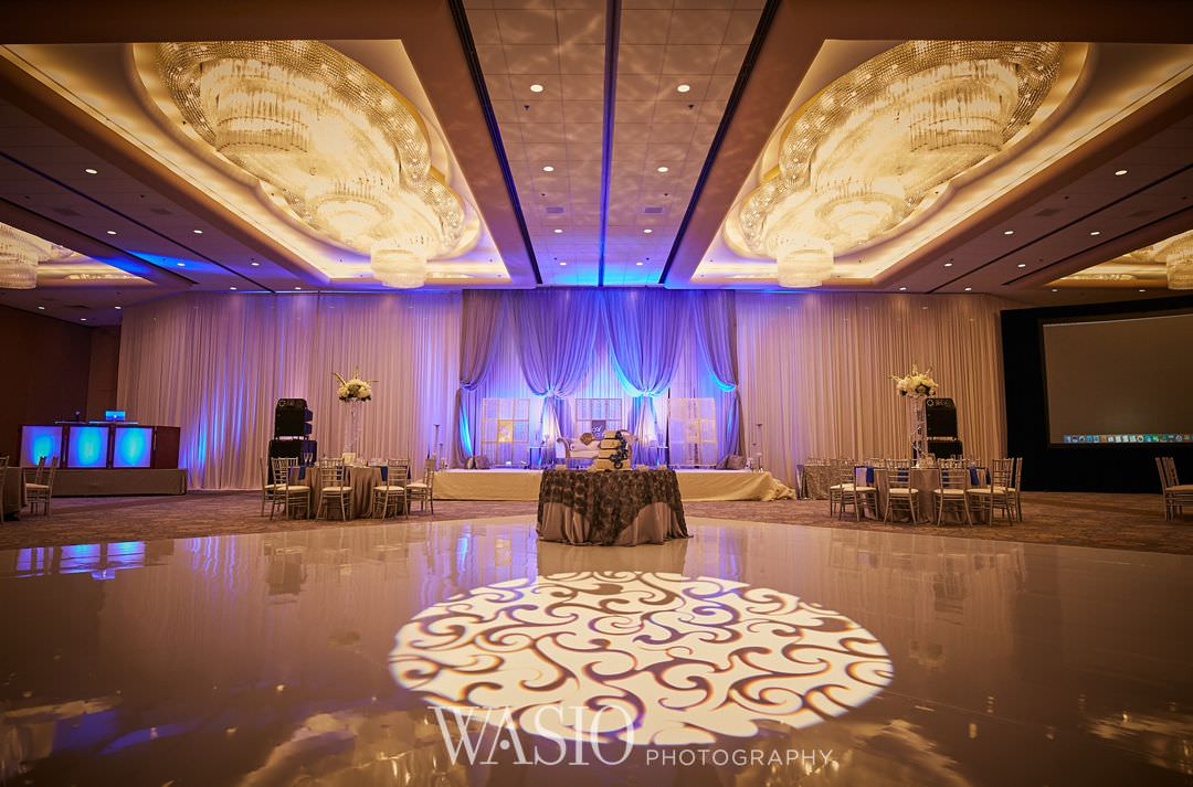 29-Indian-wedding-chicago-rosemont-yanni-decor Indian Wedding at Rosemont Convention Center - Arya and Arpit