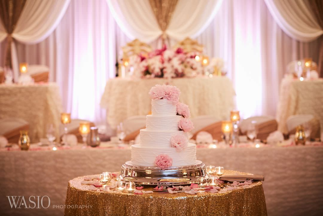 29-greek-wedding-chicago-cotillion-banquets-cake Chicago Greek Wedding - Christina and Chronis