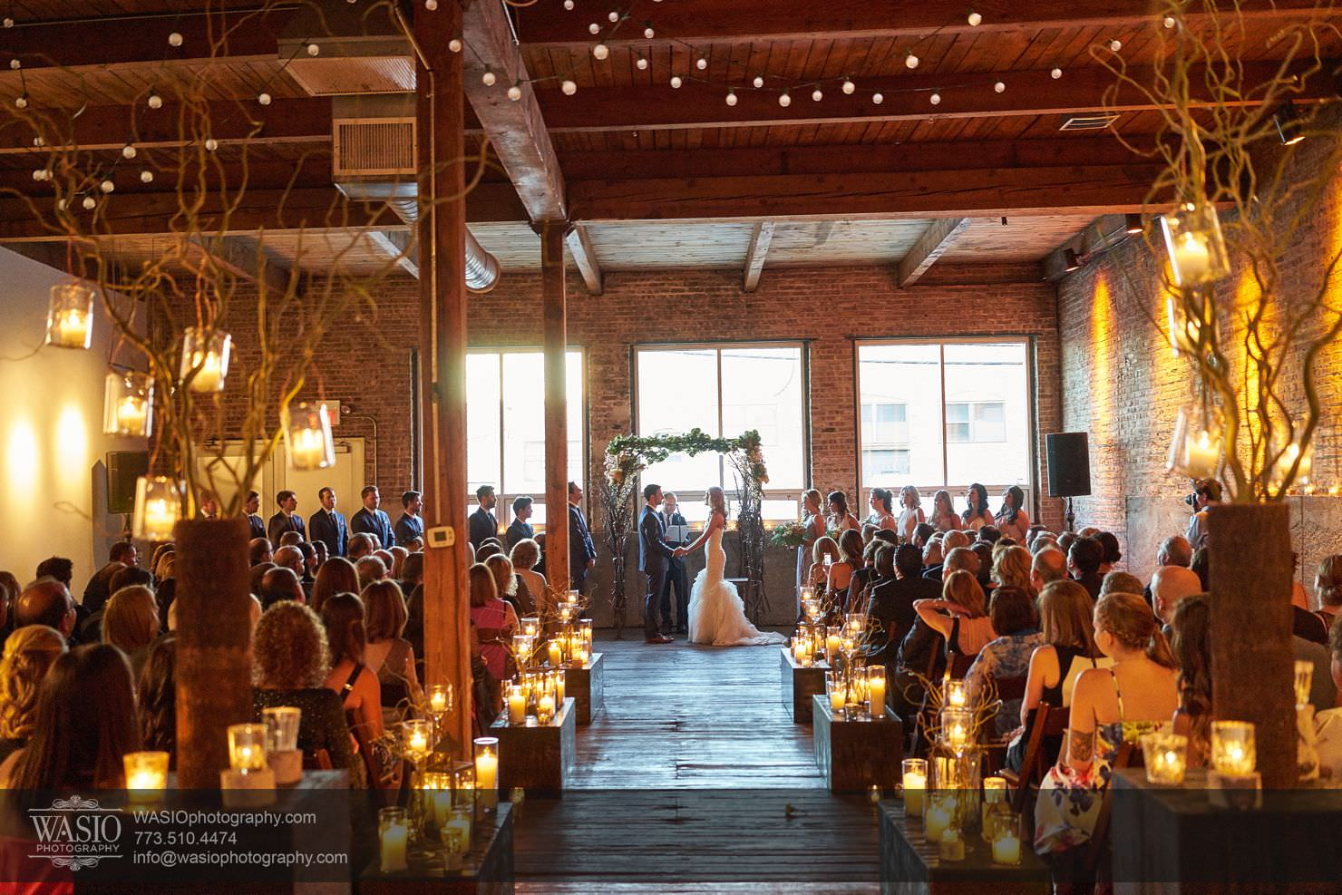 Chicago Gallery Wedding – Courtney + Danny