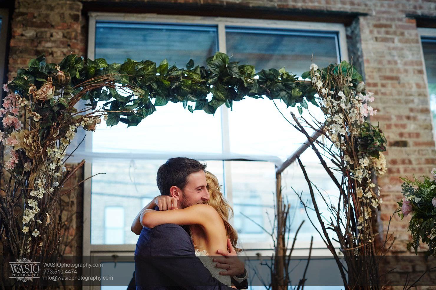 33_Chicago-Gallery-Wedding_0O3A8897 Chicago Gallery Wedding - Courtney + Danny