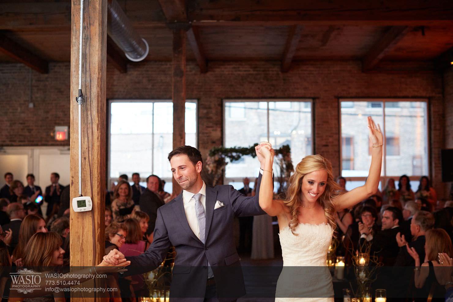 34_Chicago-Gallery-Wedding_0O3A8901 Chicago Gallery Wedding - Courtney + Danny