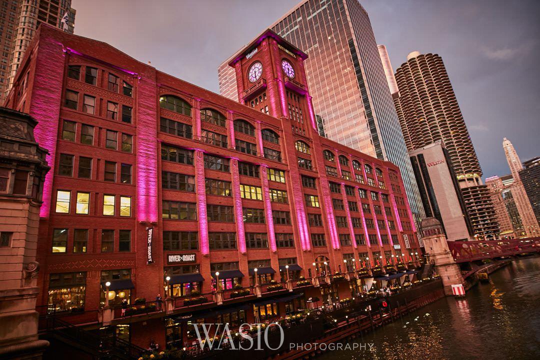 38-chicago-trump-tower-wedding-river-roast-downtown-architecture Chicago River Roast Wedding - Joanna + Mateusz