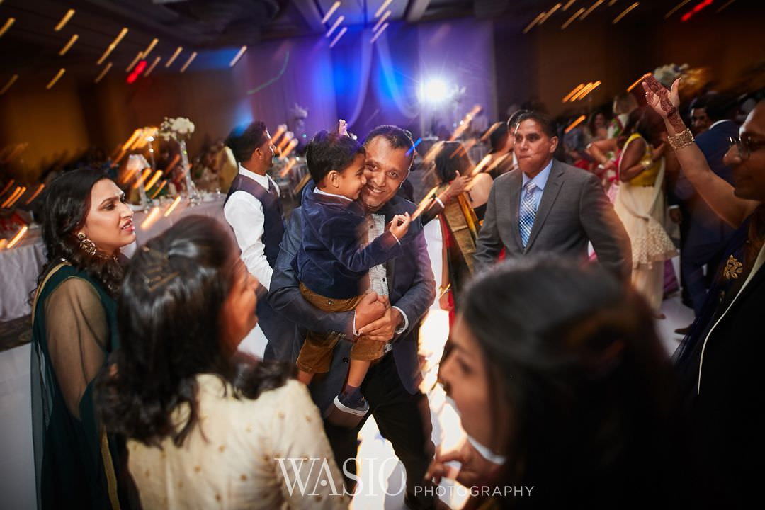 42-Indian-wedding-chicago-rosemont-dance-party-music Indian Wedding at Rosemont Convention Center - Arya and Arpit