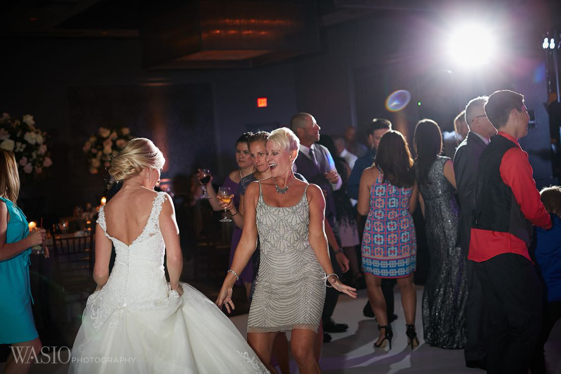 44-The-Estate-geene-and-georgetti-Wedding-party-chicago-wedding-dance-fun-photography The Estate by Gene and Georgetti Wedding - Agnes and Ryan