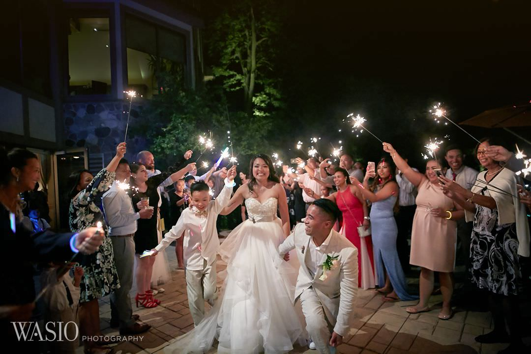 50-bull-valley-golf-club-chicago-wedding-sparklers Bull Valley Golf Club Wedding - Linh and Tony