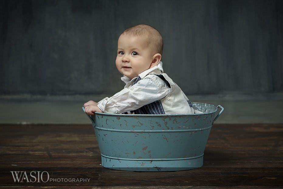 6-month-photo-shoot-ideas-blue-basket-prop-1 6 Month Photo Shoot Ideas - Benjamin