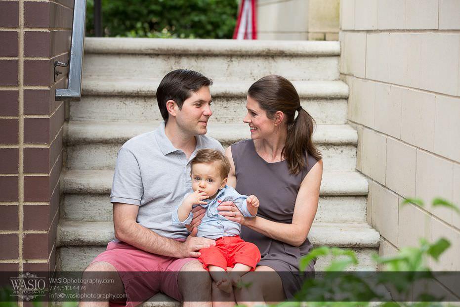 Bucktown-family-photos-happy-family-cute-neighborhood-stairs-american-flag-21 Bucktown Family Photos - Lucas