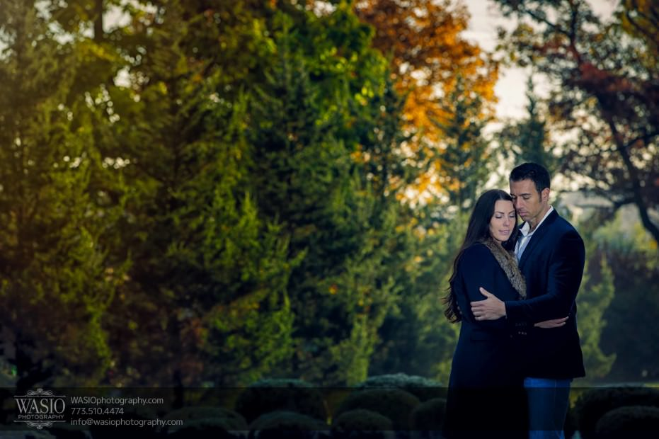 Cantigny-Garden-Engagement-hug_84-931x620 Cantigny Garden Engagement - Carol + Paul