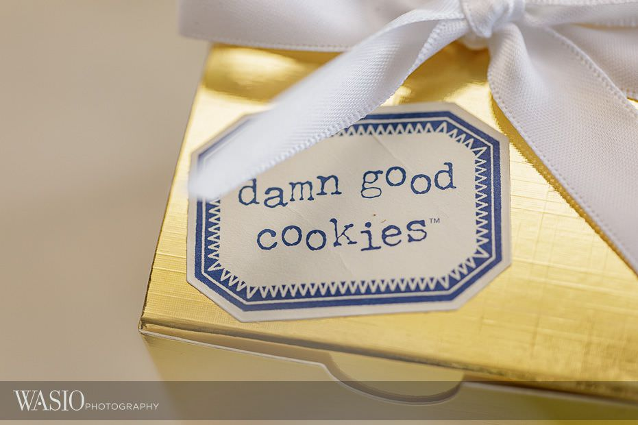 Chicago-Athletic-Association-Wedding-damn-good-cookies-thank-you-gift-gold-box-103 Chicago Athletic Association Wedding - Allison and Clayton