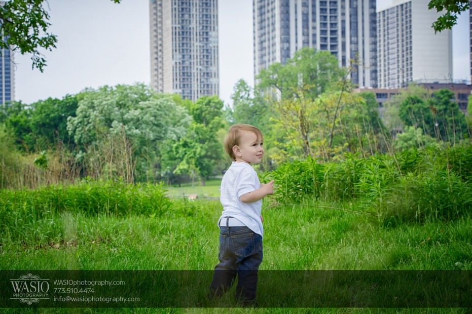 Chicago-Childrens-photography-playing-in-the-grass-112-931x620 Chicago children's photography - Tyler