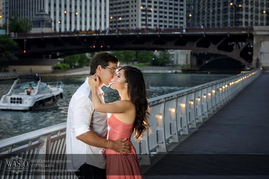 Chicago-Destination-Engagement-passionate-kiss-intimate-119-931x620 Chicago Destination Engagement - Mai + PJ