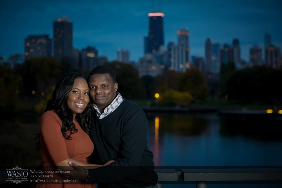 Chicago-Engagement-Pictures-Lincoln-Park-photographer_65-931x620 Chicago Engagement Pictures - Laura + James