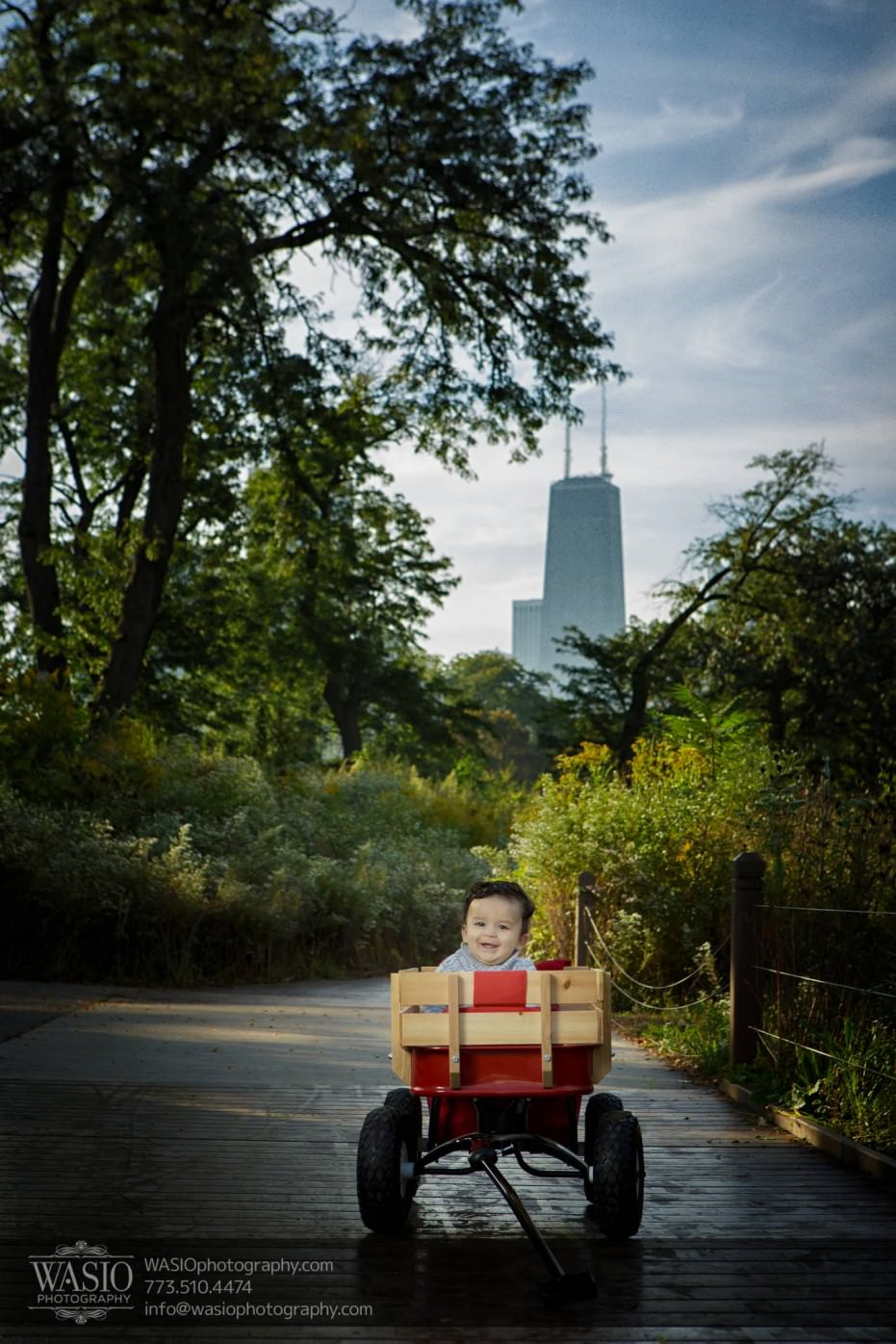 Chicago-Family-Photograpy-Lincoln-Park-Hancock-skyline-baby-nature-fall-040-931x1396 Chicago Family Photography Session
