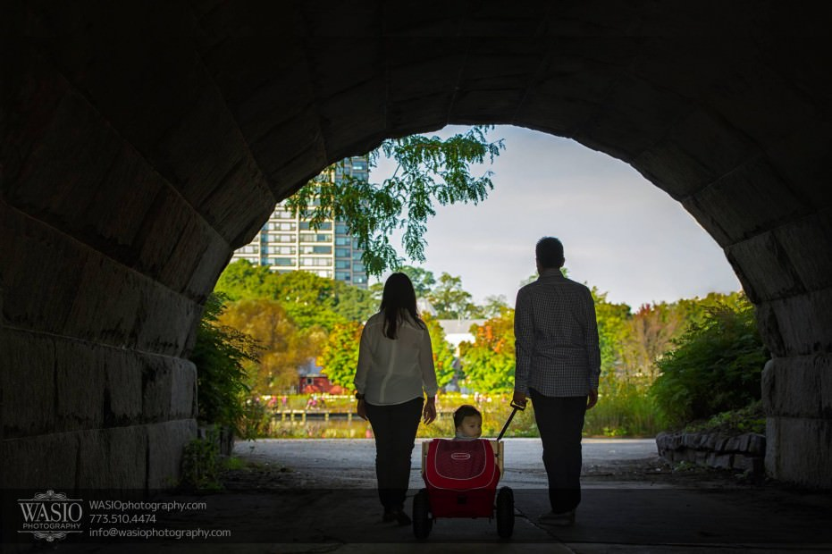 Chicago-Family-Photograpy-Lincoln-Park-Tunnel-Nature-Wagon-038-931x620 Chicago Family Photography Session