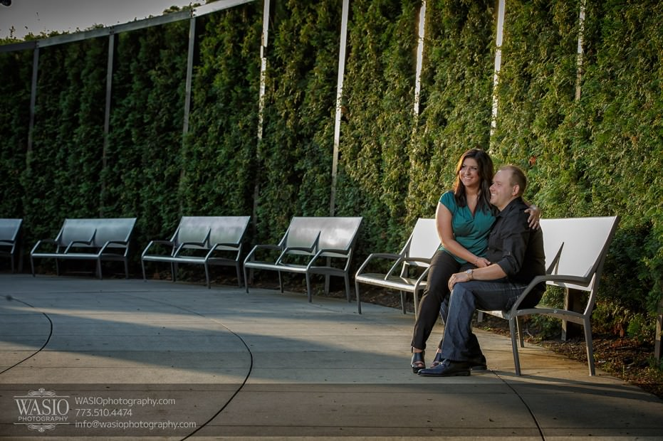 Chicago-Millennium-Park-Engagement-photography_20131226_006-931x620 Chicago Millennium Park Engagement - Andrea + Kirill