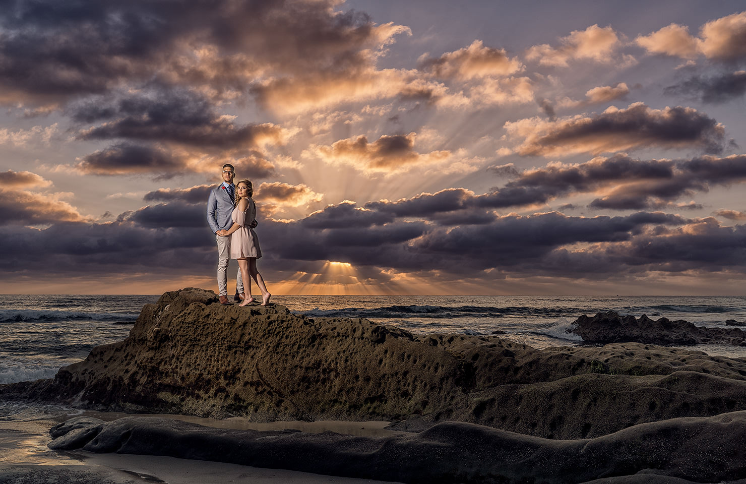 Chicago-San-Diego-Southern-California-Orange-County-Engagement-Dramatic-Sunset-1 5 Steps to Finding The Perfect Wedding Photographer