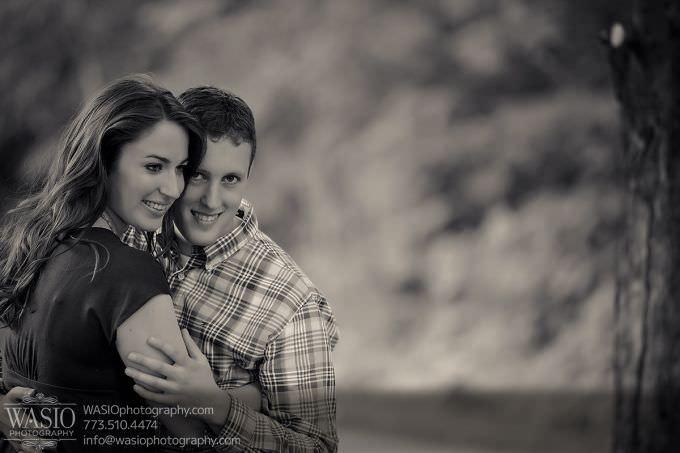 Chicago-Wedding-Engagement-Photography-013-artisitc-portrait-680x453 Outdoor Engagement Photography Session - Angela + John