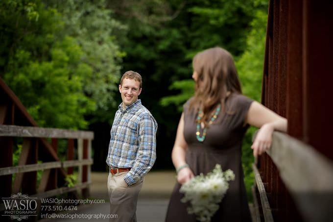 Chicago-Wedding-Engagement-Photography-018-contemporary-couple-680x453 Outdoor Engagement Photography Session - Angela + John