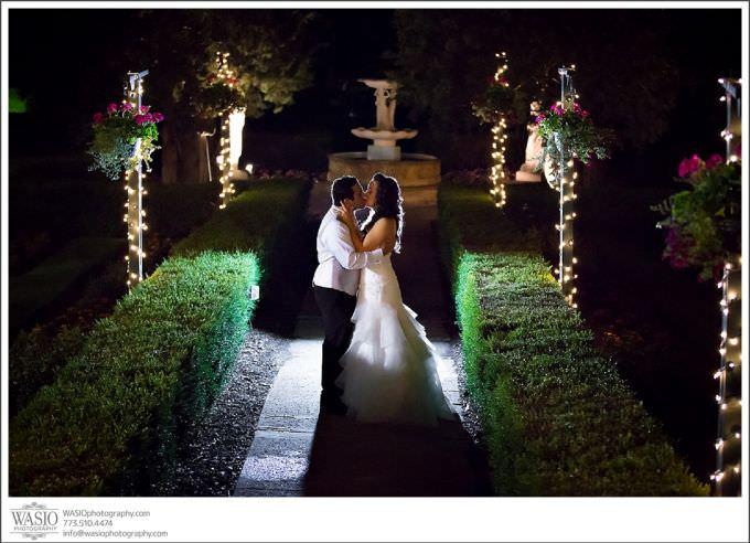 Chicago-Wedding-Photography-Cuneo-058-fine-art-night-kiss-portrait-680x492 Modern Cuneo Wedding - Stephanie + Dominick