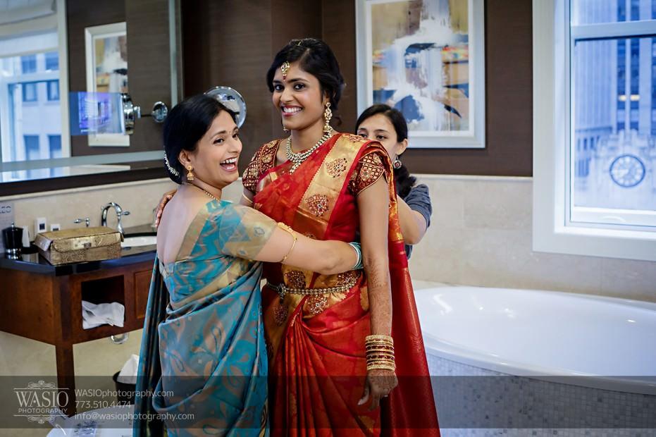 Chicago-Wedding-Photography-South-Asian-Indian-Wedding-0173-bride-putting-sari-931x620 South Asian Indian Wedding at JW Marriott - Shreya + Monil
